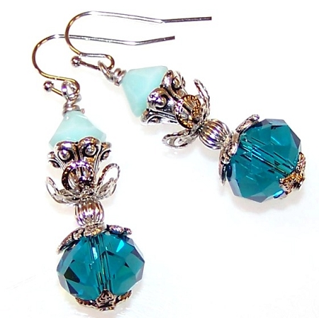 Brilliant Blues Earrings Free Beaded Jewelry Making Pattern