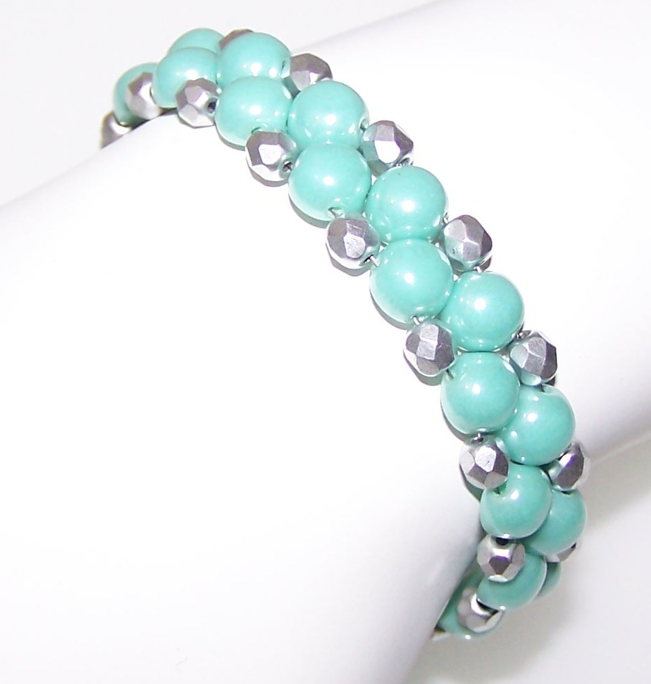 Light Jade Shimmer Halo Bracelet Free Beaded Jewelry Making Pattern
